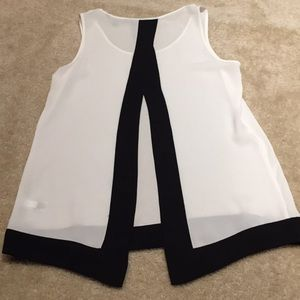 Express black & white open back scoopneck tank top